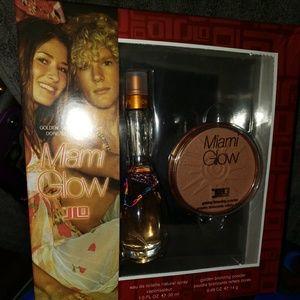 J~Lo Perfume and Bronzer Set
